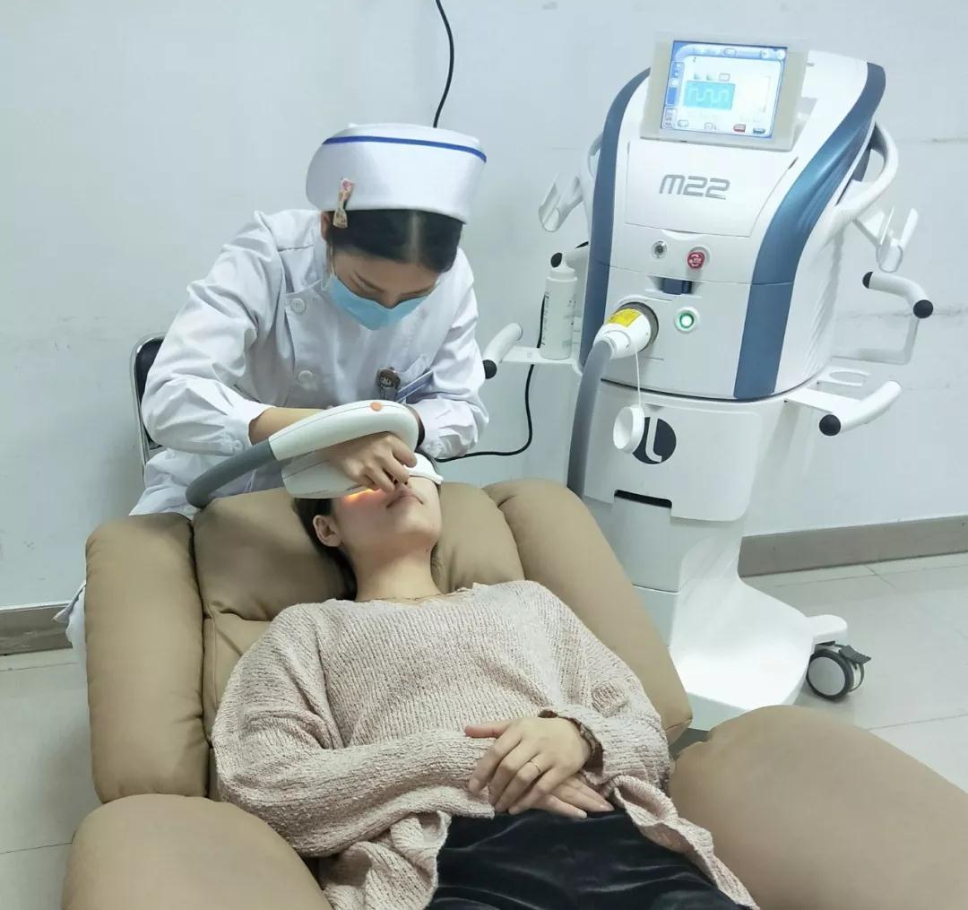 安徽理工大学附属眼科医院引进OPT优化脉冲光治疗仪